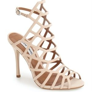 Steve Madden Nude Heal New Size 6